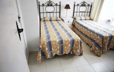 9-Patricia-25-Bedroom-2-1600x1200-1170x738