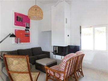 villa-for-sale-in-denia-1-jpg