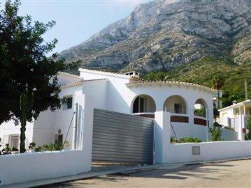 villa-for-sale-in-denia-2-jpg