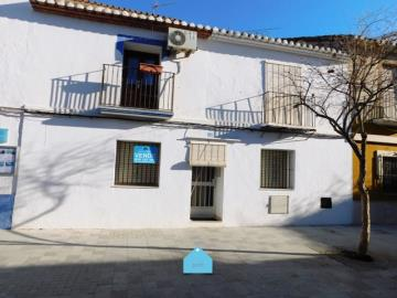 Estate-agents-in-denia-front-house