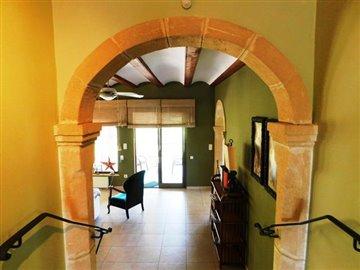 estate-agents-in-denia-entrance
