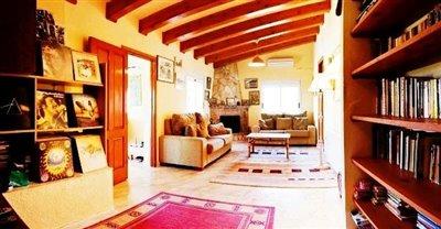 villa-for-sale-denia-lounge
