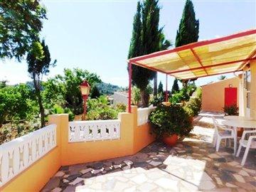 villa-for-sale-in-denia-guest-apartment