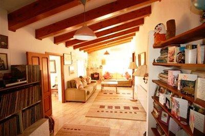 villa-for-sale-in-denia-living-room
