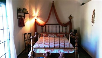 Guest-House-Bedroom