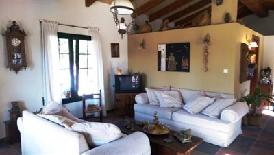 Guset-House-Lounge-2---Copy