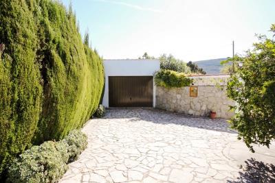 villa-for-sale-in-Denia-4