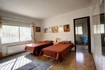 villa-for-sale-in-Denia-12