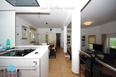 239-villa-for-sale-in-orba-2885-large