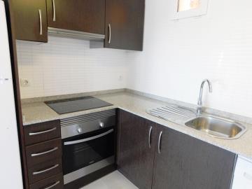 kitchen-in-apartment-for-sale-in-denia--2-
