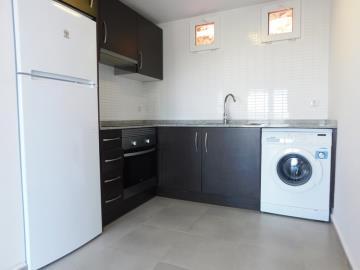 kitchen-in-apartment-for-sale-in-denia