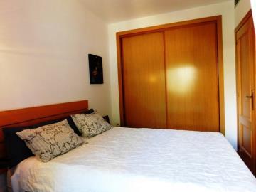 dormitorio-en-un-apartamento-en-sanet