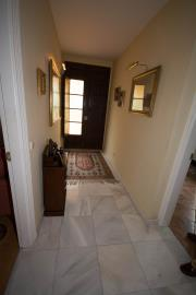 4798-V_1_7_Entrance-Hallway