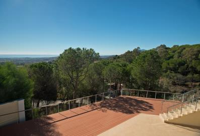 4683-V_1_16_Roof-terrace-view