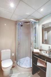 4448-AP_1_11_Bathroom-2