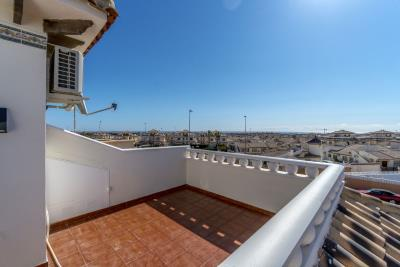 1482_1918-townhouse-with-private-pool-in-lomas-de-cabo-roig-16