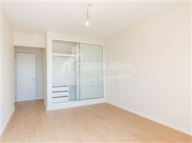 Image No.16-3 Bed House for sale
