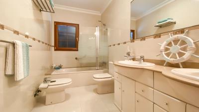 Roper-Properties-Property-For-Sale-in-Lanzarote-Puerto-del-Carmen-Ref-2711--13-of-20-