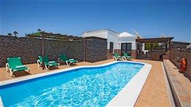 Image No.0-Maison de 7 chambres à vendre à Puerto del Carmen