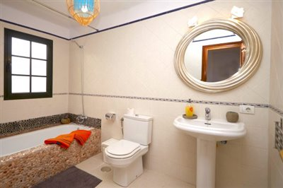 casamargarita-en-sute-bathroom-e1530188893944