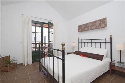 casa-lila-master-bedroom