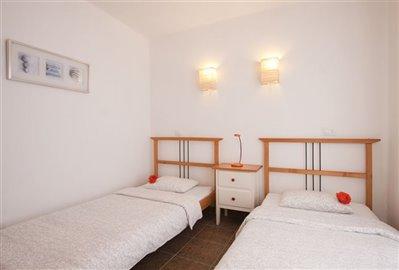 casa-lila-twin-bedroom