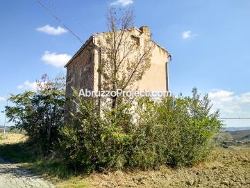 1 - Sant' Eusanio Del Sangro, Farmhouse