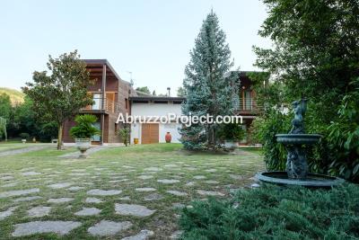1 - Fara San Martino, Villa