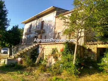 1 - Pennapiedimonte, Property