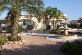 Image No.0-Villa de 3 chambres à vendre à La Marina