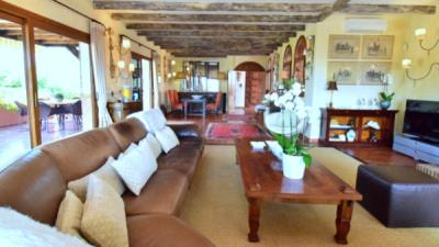main-lounge2