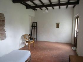 Image No.9-7 Bed Country Property for sale