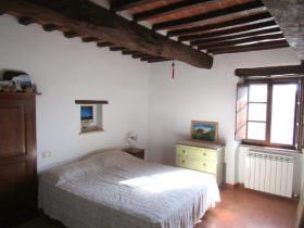 Image No.4-Maison de 2 chambres à vendre à Citta della Pieve