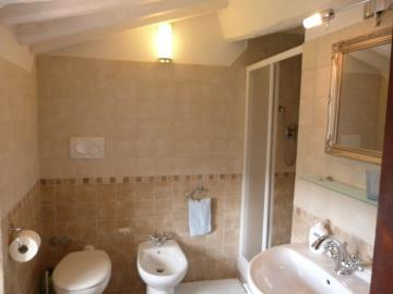 first-floor-bathroom-1