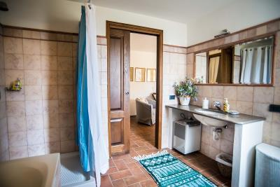 better-guest-bathroom-on-ground-floor
