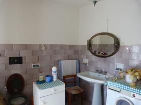 Image No.1-Maison de village de 3 chambres à vendre à Bagni di Lucca
