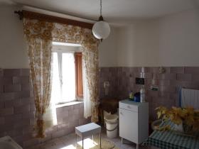 Image No.2-Maison de village de 3 chambres à vendre à Bagni di Lucca