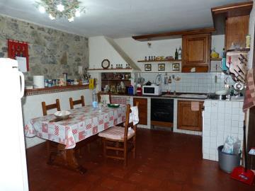 lower-kitchen