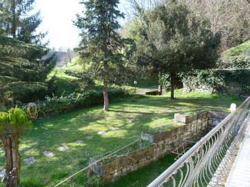 quite-nice-garden