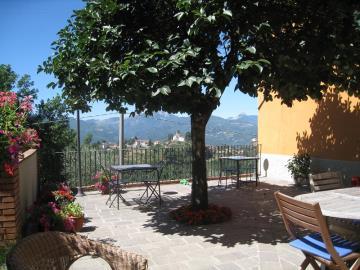 g-main-terrace-5---persimmon
