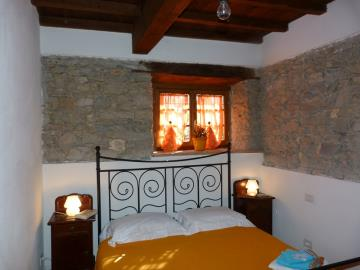 Casa-Caterina-downstairs-bedroom