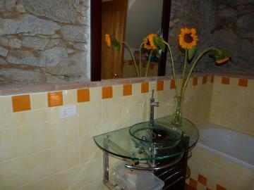 Casa-Caterina-downstairs-bathroom