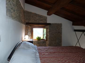 Casa-Caterina-guest-bedroom-suppalco