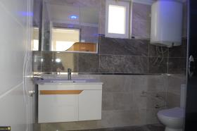 Image No.7-3 Bed Duplex for sale