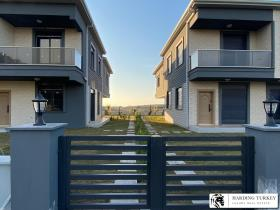 Image No.30-3 Bed Villa for sale