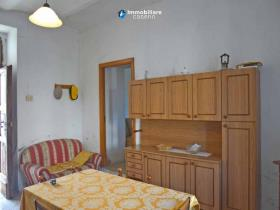 Image No.3-Maison de campagne de 3 chambres à vendre à Atessa