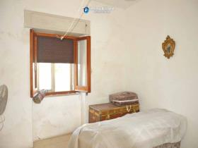 Image No.8-Maison de campagne de 3 chambres à vendre à Atessa