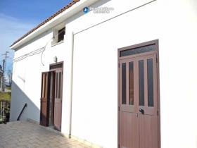 Image No.10-Maison de campagne de 3 chambres à vendre à Atessa