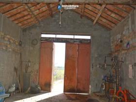 Image No.15-Maison de campagne de 3 chambres à vendre à Atessa