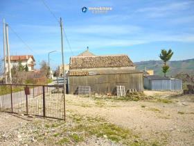 Image No.17-Maison de campagne de 3 chambres à vendre à Atessa